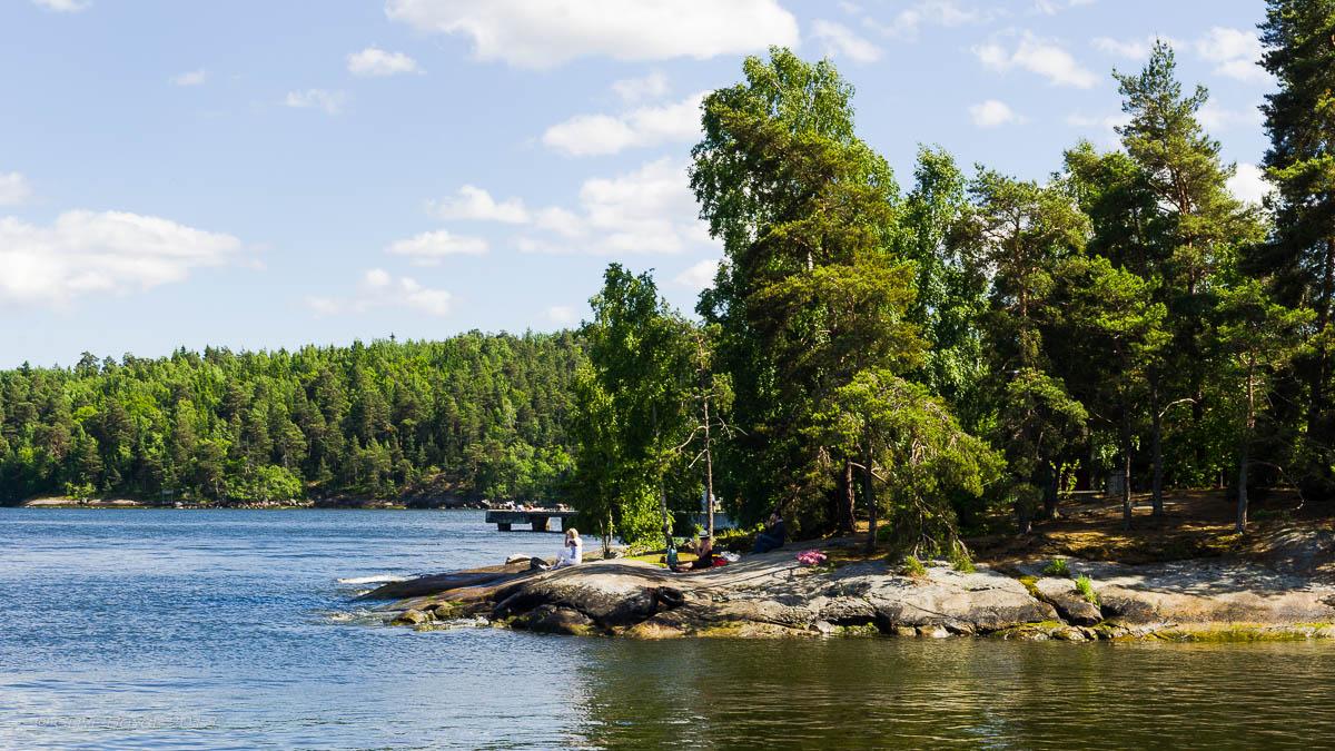 Fjaderholmarna, Sweden