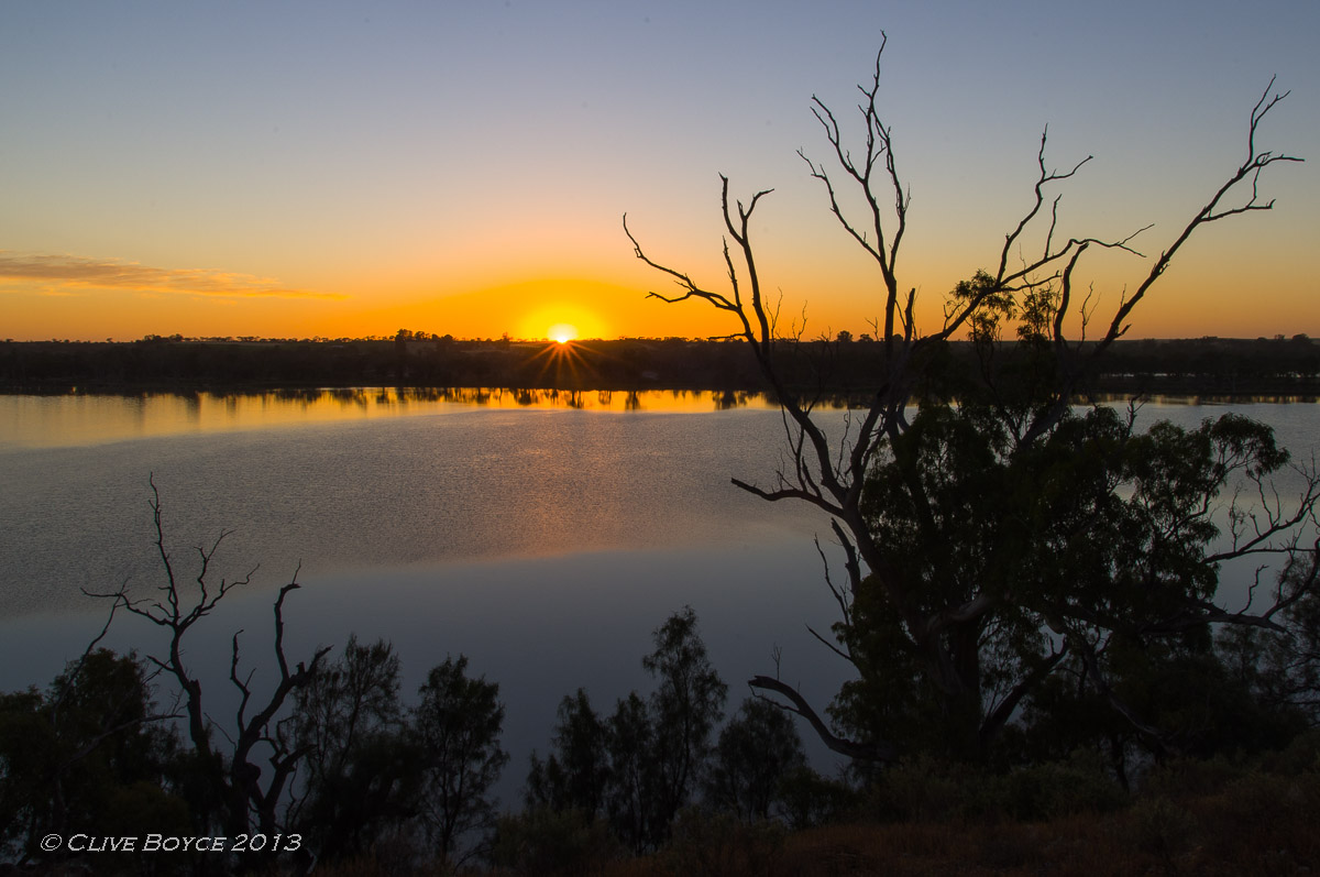 Dawn breaks over River Murray lagoon