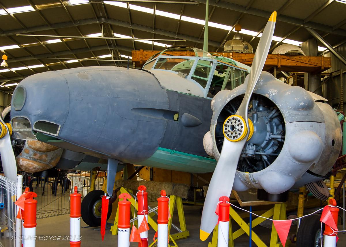 Avro Anson EF-954