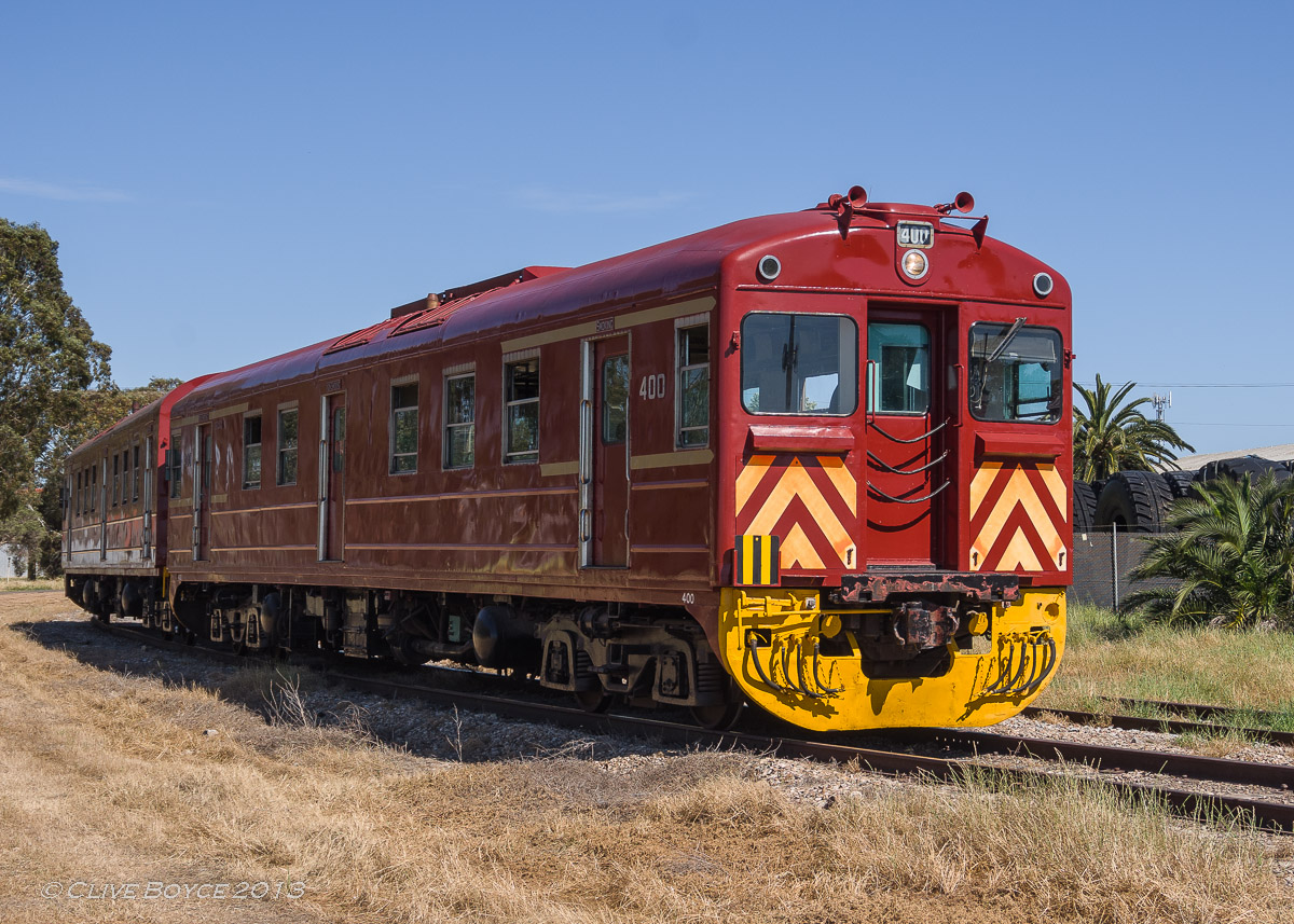 SAR Red Hen Rail Cars