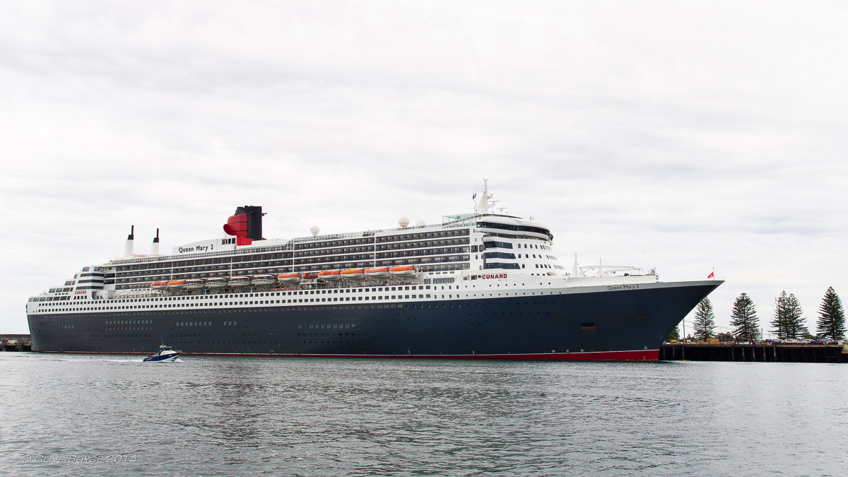 Queen Mary 2, Outer Harbor