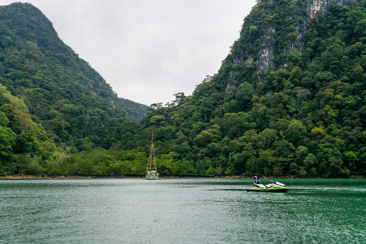 The Fjords, Dayang Bunting